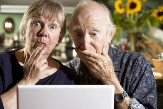 Couple Puzzled by Computer